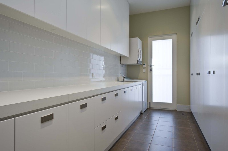 Custom cabinets Melbourne Laundry and bespoke cabinet manufacturers